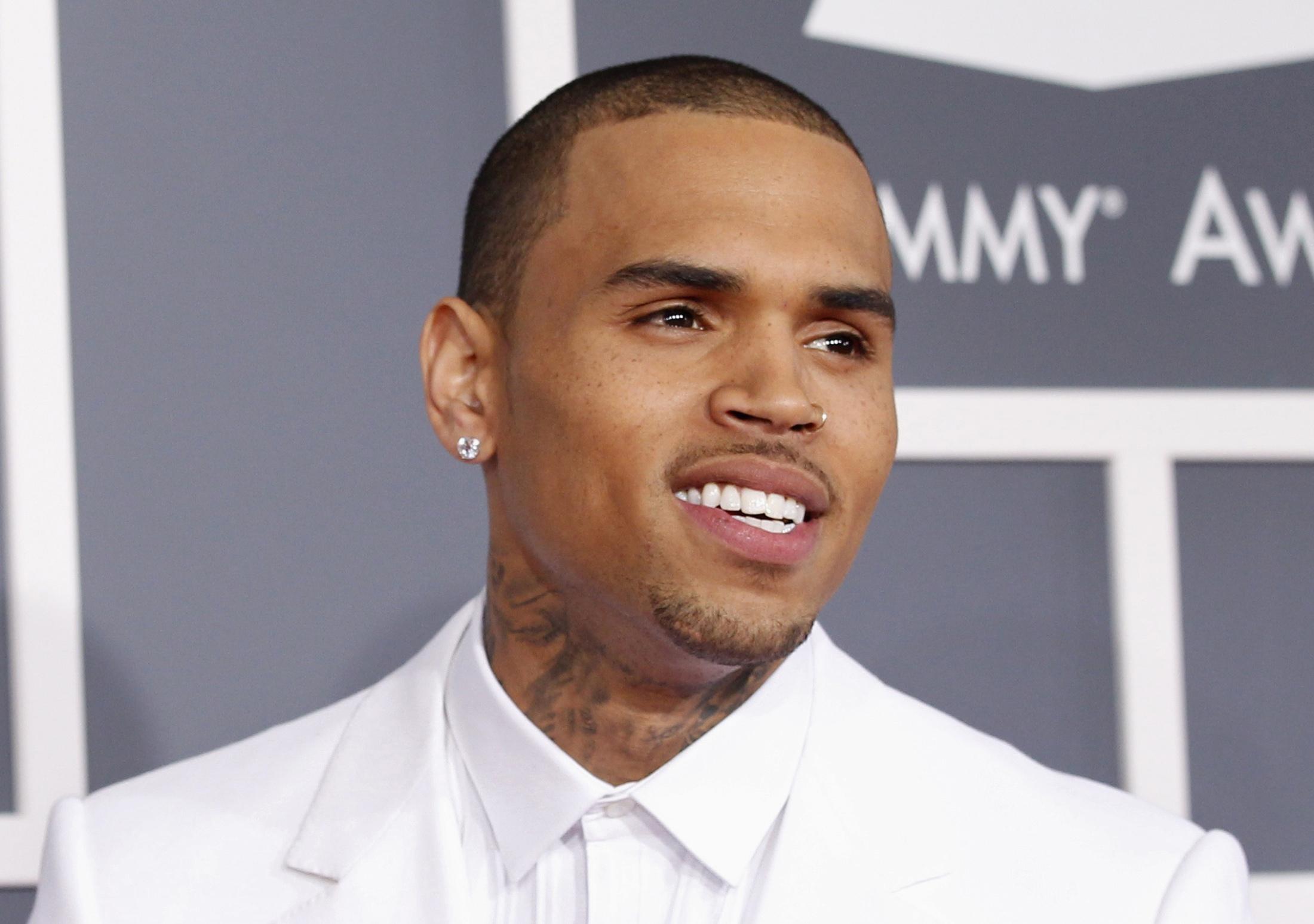 Chris Brown perdeu a virgindade aos 8 anos