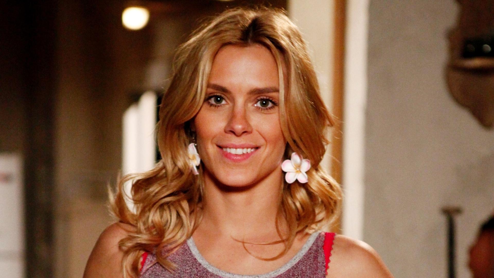 Carolina Dieckmann deu a virgindade de presente de aniversário ao namorado