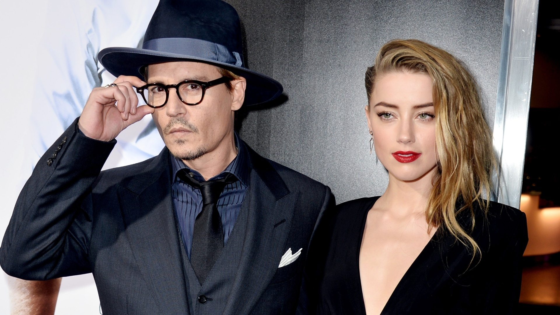 Amber acusou Johnny Depp de agressão e se divorciou do ator
