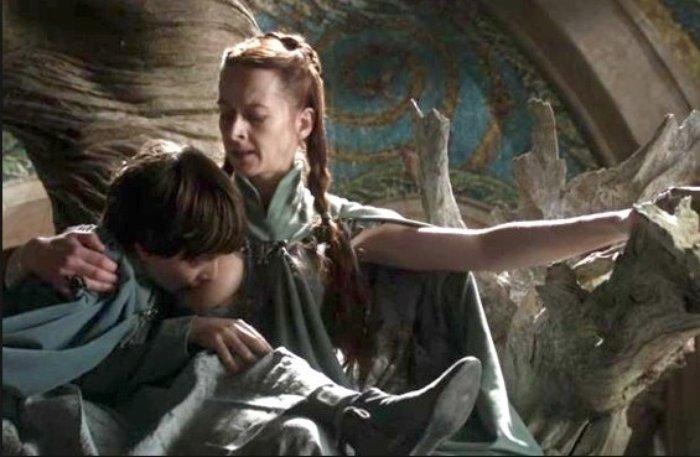 Lady Lisa amamentando o filho grande
