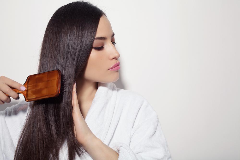 Cuidar do cabelo durante o frio é importante para não ressecar