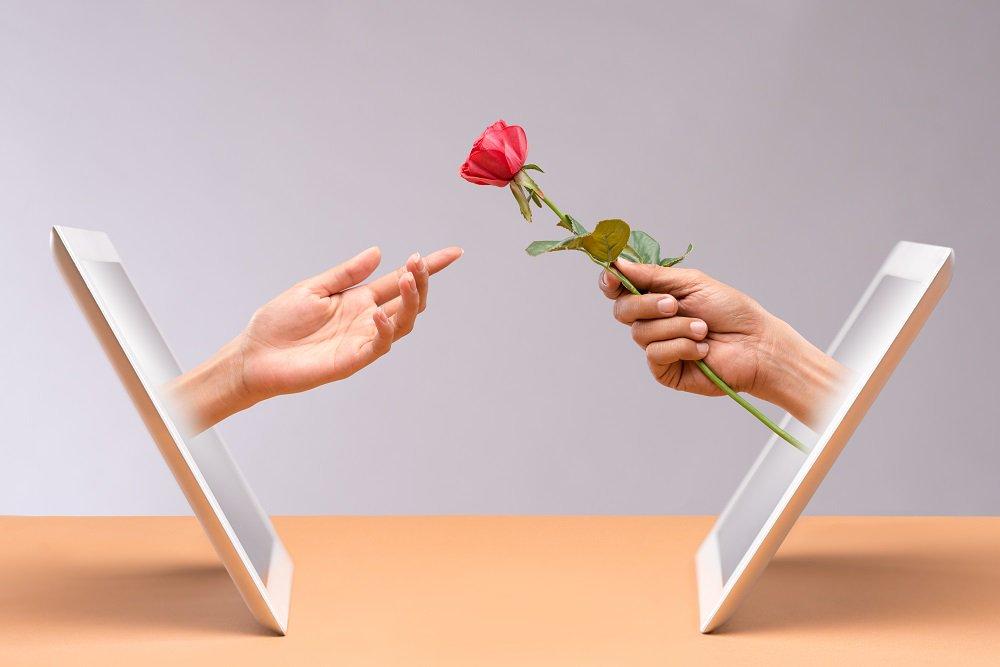 Internet ajuda casais a lidarem com a distância