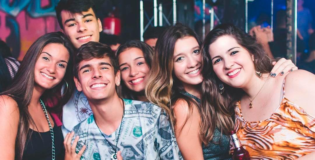 Melhores baladas de Santos: Clubinho.