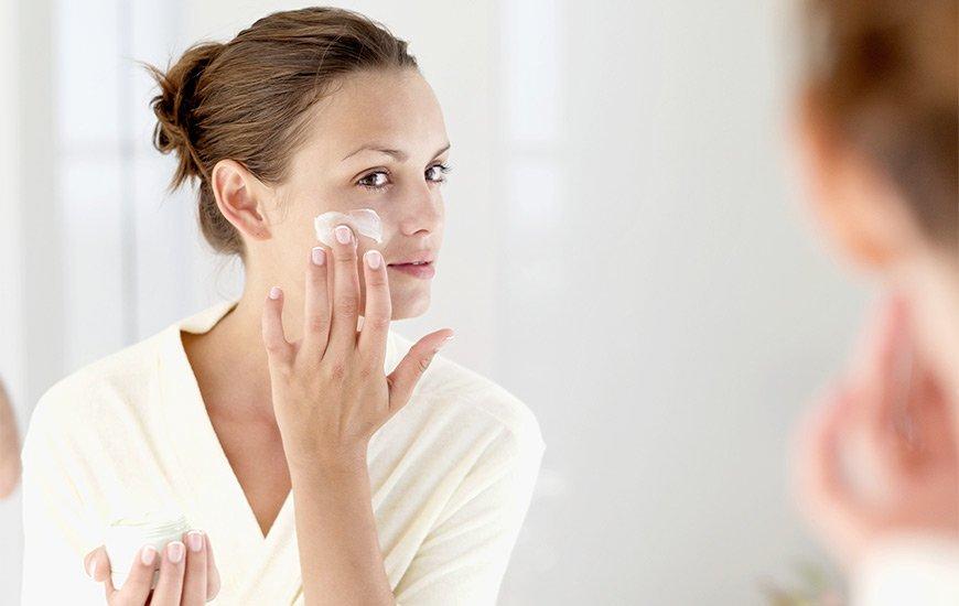 Hidratar a pele é essencial no frio
