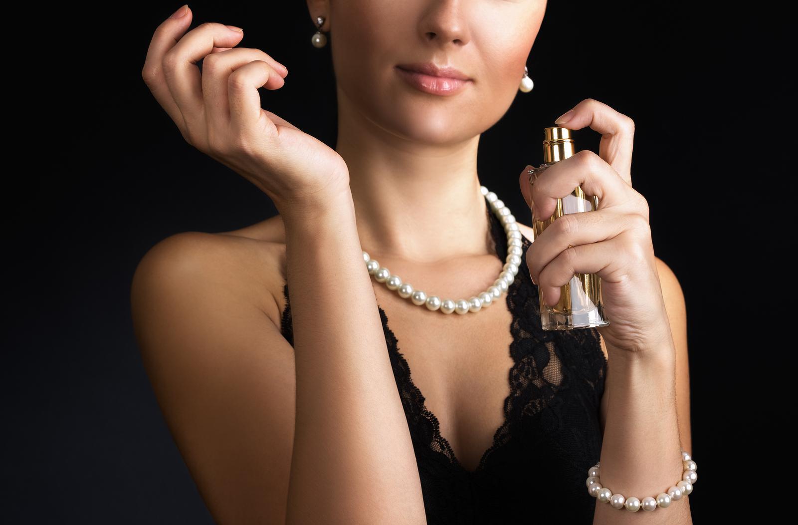 Perfumes ajudam a chamar atenção em ambientes fechados como baladas