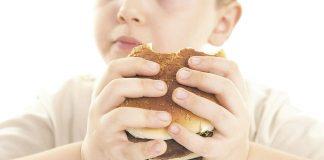 Obesidade Infantil por Kemilyn Navalon